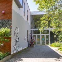 Photograph of the entrance to Hyde Park Art Center.